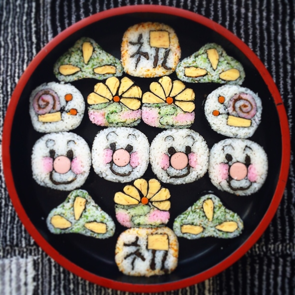 飾り巻き寿司 アンパンマン